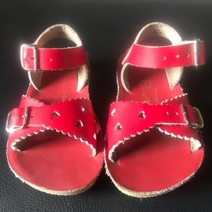 Saltwater Sweetheart Sandals